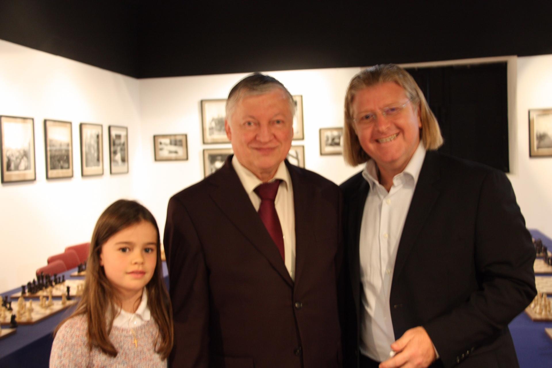 Notre président et Chloé défient Anatoly Karpov !